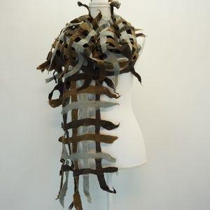 Open Weave Felt Silk Boho Scarf Fringe Brown Gray
